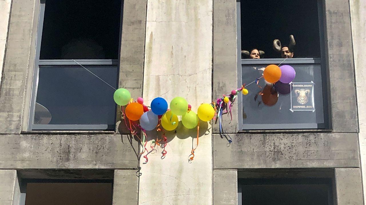 Los vecinos de Castrón Douro celebran el carnaval pese a la pandemia.Pote asturiano