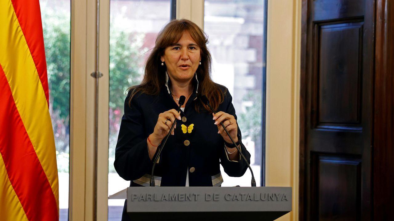 Los nuevos ministros prometen sus cargos ante el rey Felipe VI.La presidenta del Parlamento catalán, Laura Borràs, en una imagen de archivo