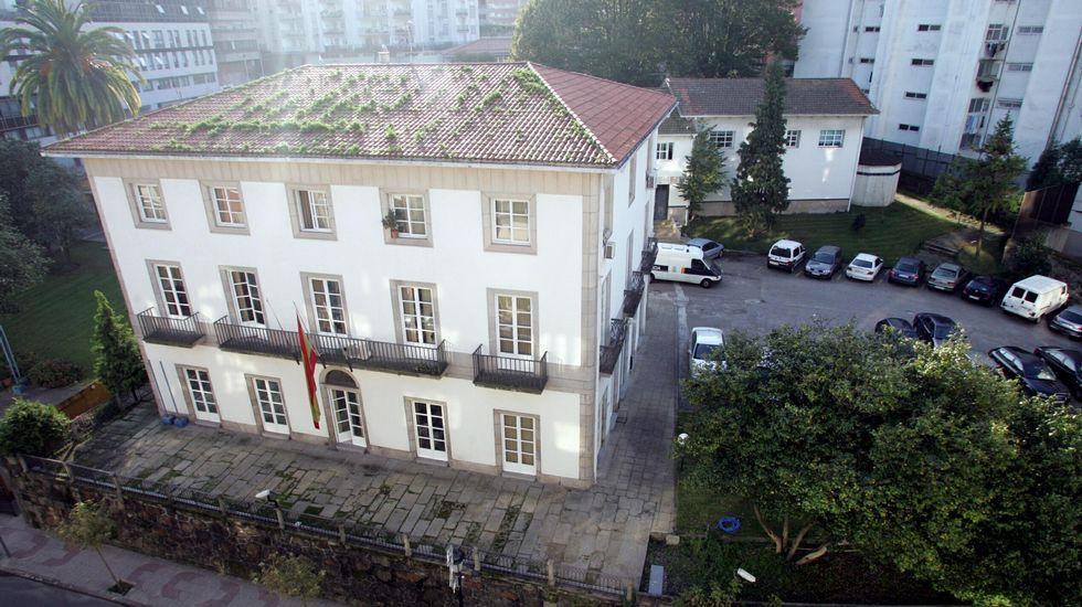 ANTES. Comisaría López Mora en Vigo. Detrás del antiguo Hospital Militar se levanta hoy el moderno edificio policial.