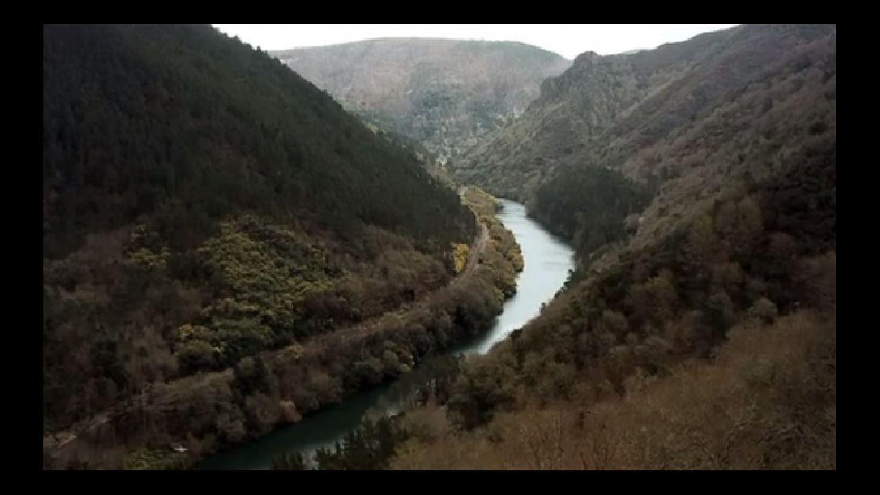 En cañón del Sil en una imagen de vídeo de la web creada por la Consellería de Cultura para divulgar la candidatura de la Ribeira Sacra