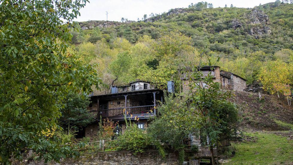 Un paseo visual por la aldea de Souto