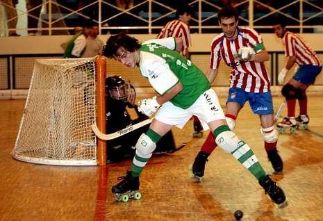 El Liceo derrotó al Patín Cerceda en la otra oportunidad en la OK Liga, campaña 09-10, por 8-4.