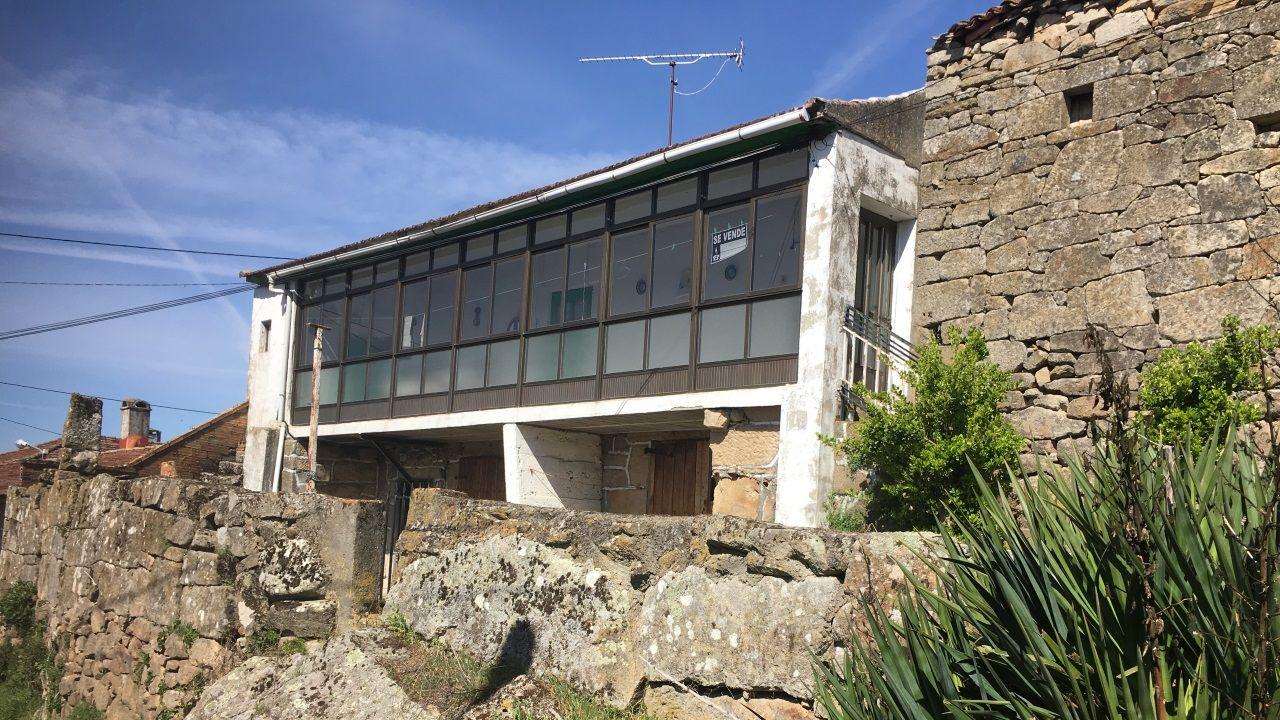Una de las viviendas que el CDR O Viso tiene disponibles en el municipio de Sarreaus