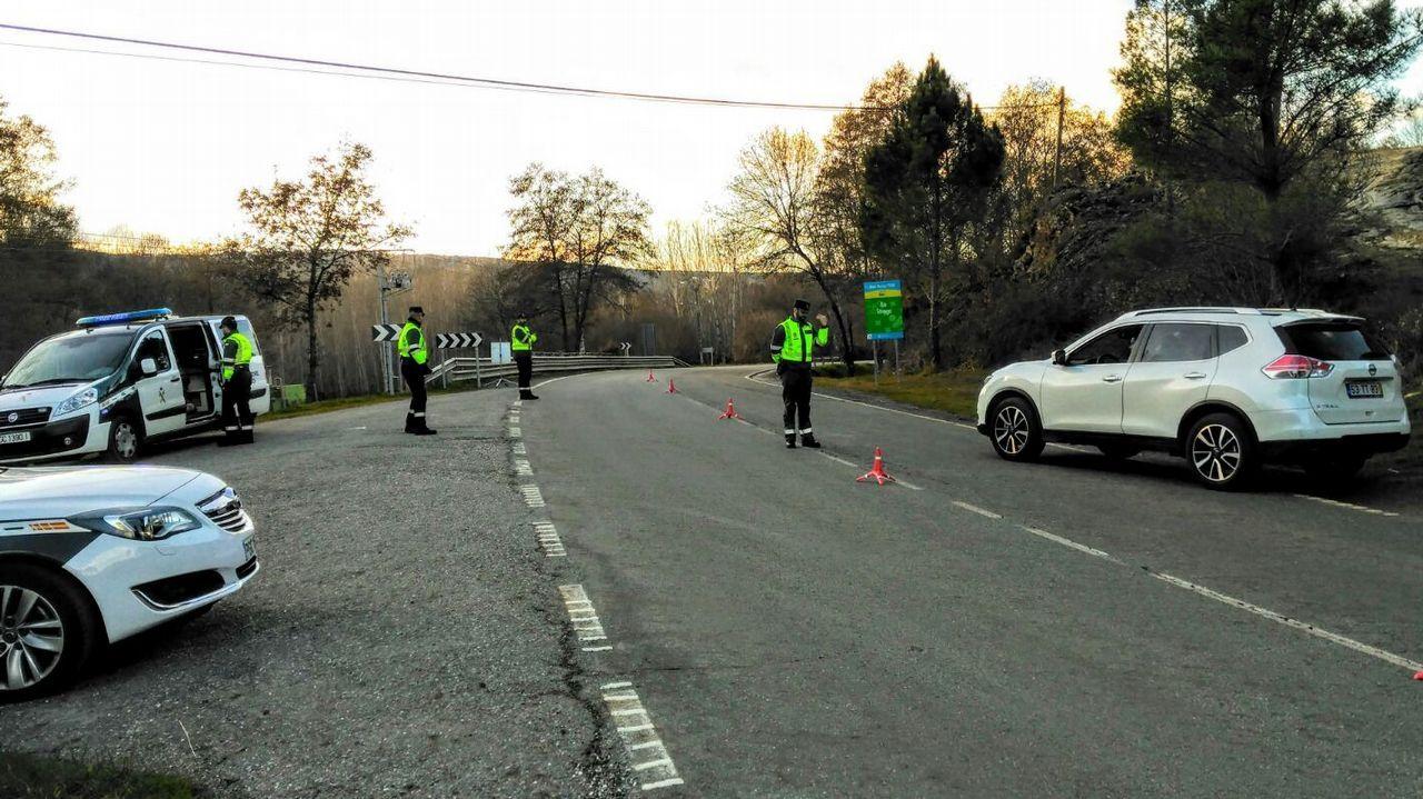 Mueren dos jóvenes en un accidente de tráfico en Monterrei