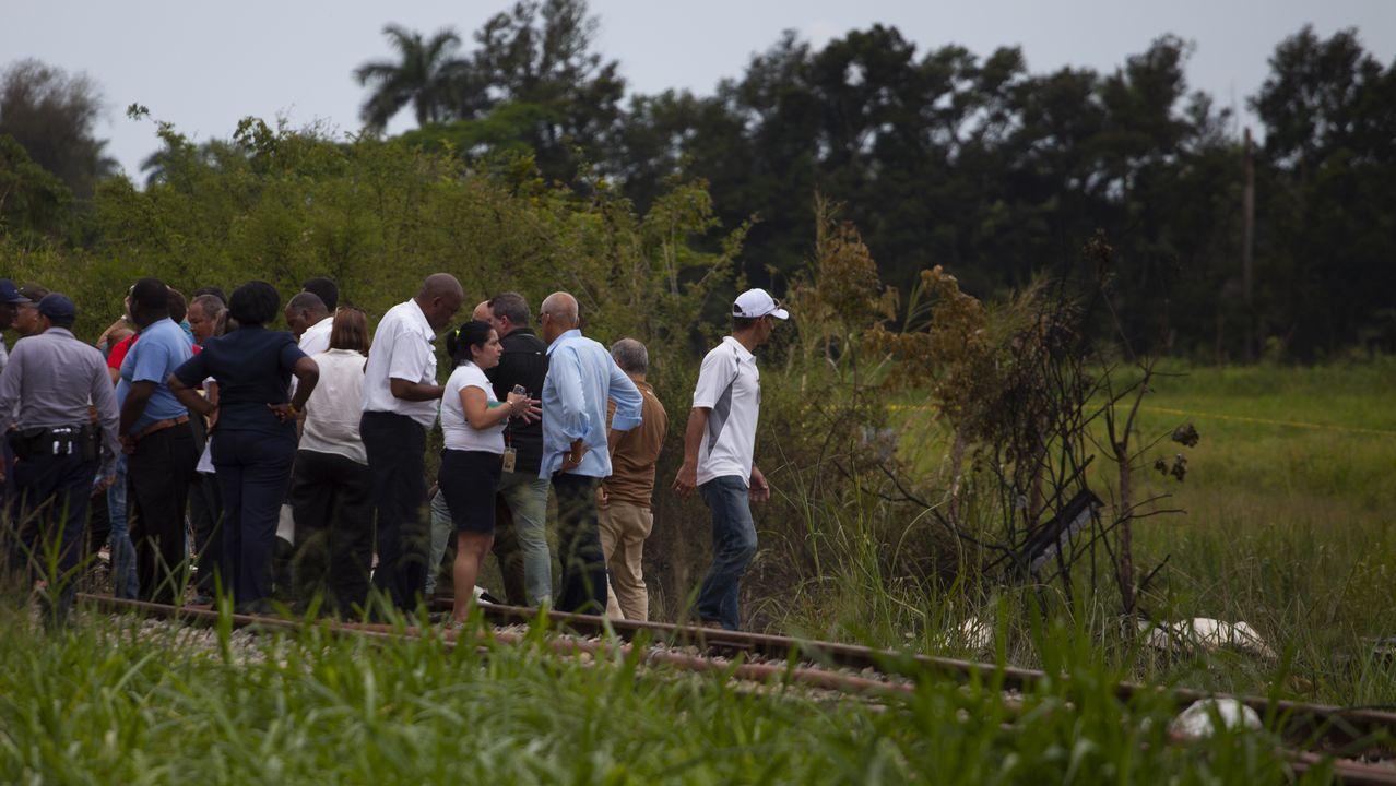 El presidente Miguel Díaz-Canel llega al lugar del accidente
