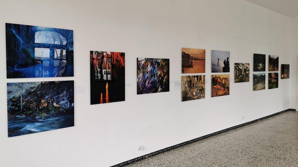 La exposición «Auga. O sangue da Terra», puede verse hasta el día 30 en Castro de Ribeiras de Lea.
