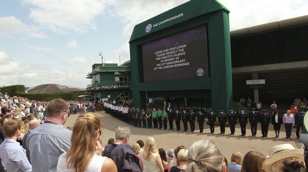 Wimbledon guarda un minuto de silencio en homenaje a las víctimas de los atentados de hace diez años