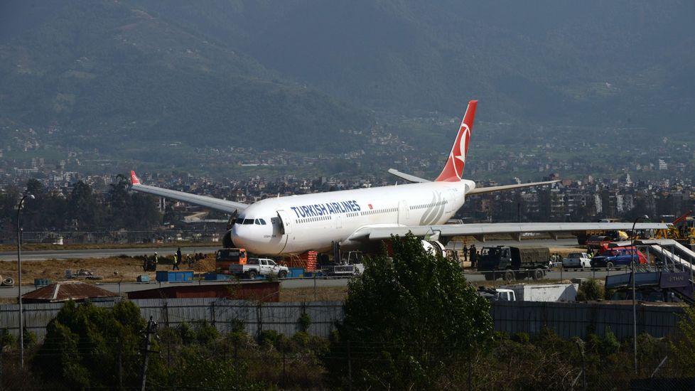Una foto de archivo de un avión de Turkish Airlines en Nepal