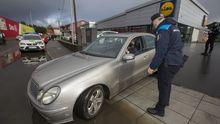 Campaña de control de la Policía Local en Carballo