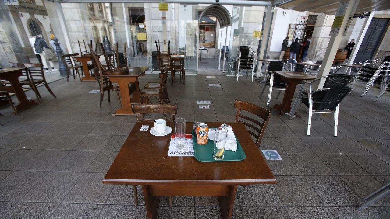 La hostelería recuperó las terrazas, pero solo hasta las seis de la tarde