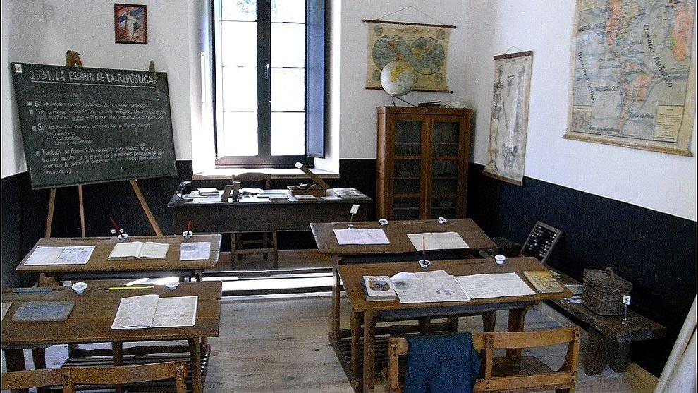 Aula republicana del Museo de la Escuela de Cabranes