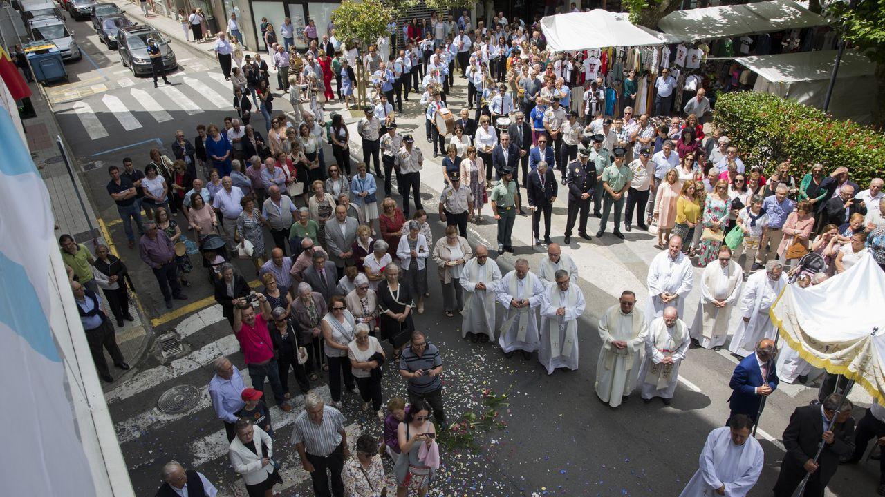 ¡Así fue la procesión del Sacramento del San Xoán de Carballo! ¡Las imágenes!