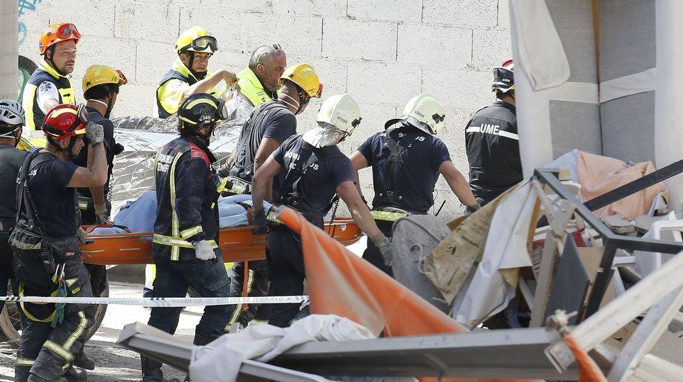 Nueve desaparecidos en el derrumbe de un edificio en Tenerife.Antonio Rueda, fotógrafo retirado