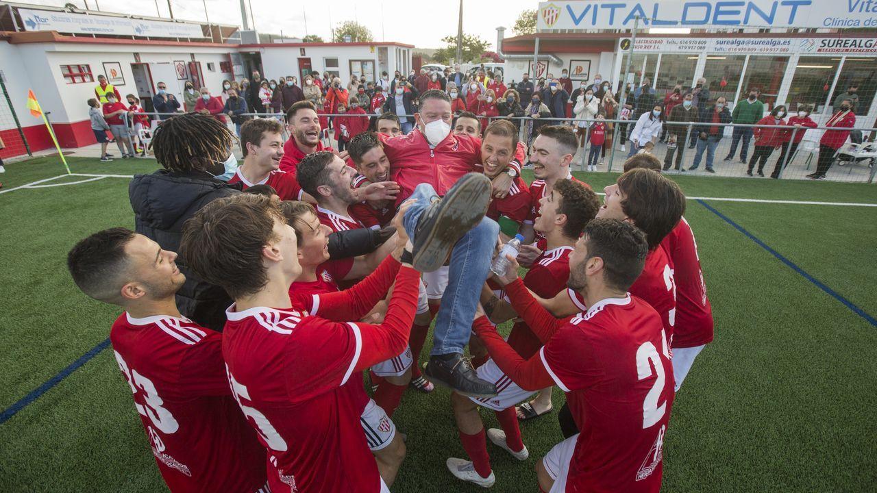 El Sofán celebró el título con su afición ¡Las imágenes!.Alberto Rodríguez