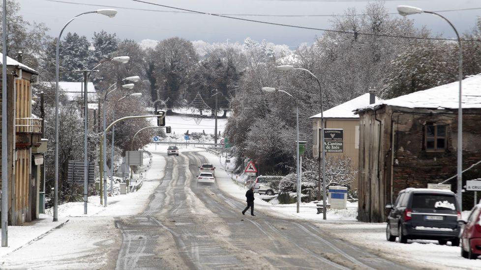La travesía de Oural (Sarria), en una pausa de la nevada