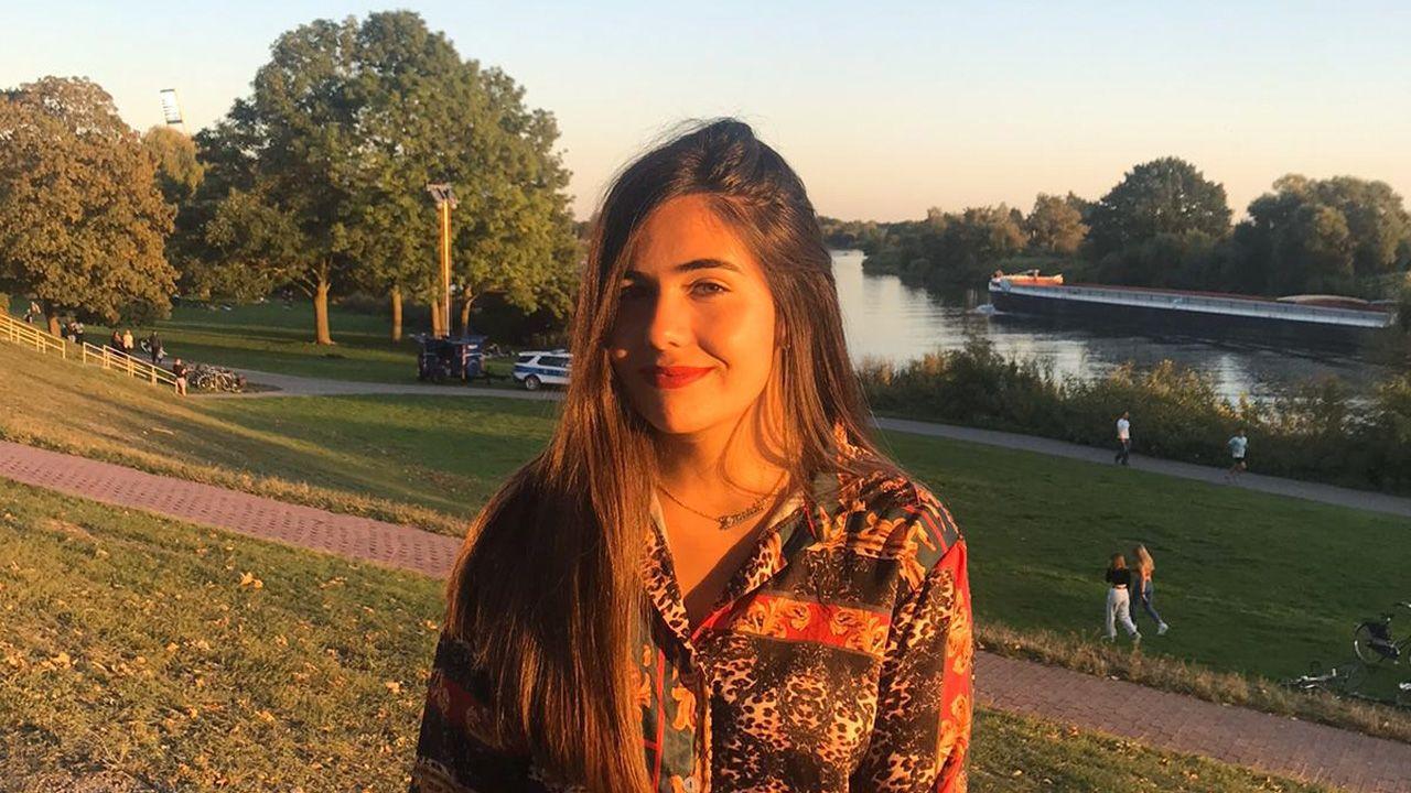 La asturiana Graciela Díaz en la rivera del río Weser, Bremen