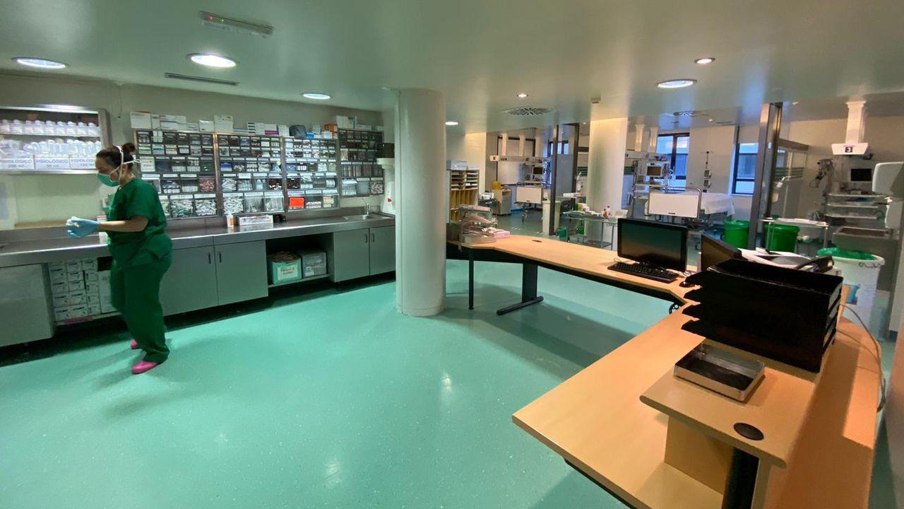 La unidad de cuidados intensivos (uci) del Hospital Montecelo de Pontevedra, tras las obras de mejora del pasado abril