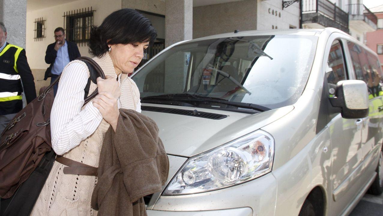 Pilar de Lara durante una investigación en la Casa Consistorial de Pol