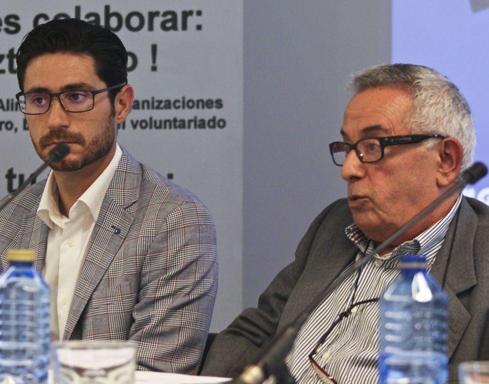 Víctor Sánchez y Luis Camba durante el acto de ayer.