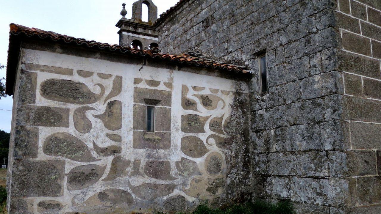 Algunas iglesias también están decoradas con esgrafiados, como la Cicillón, en Taboada