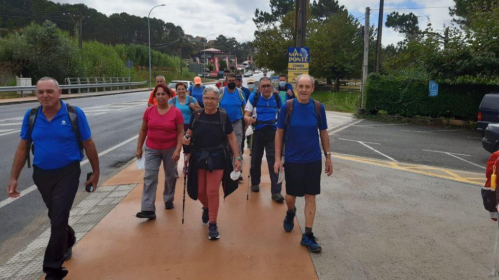 Tercio GRT, equipo de guerrillas de Moreiras.Grupo de peregrinos canarios en la Ruta del padre Sarmiento, en Noalla, Sanxenxo