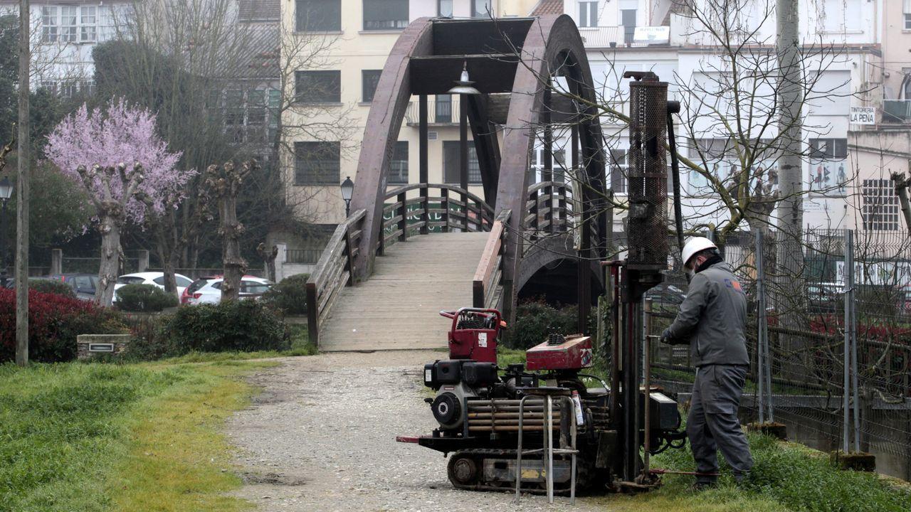 Inicio de los sondeos para la cimentación del puente proyectado en el lugar de la pasarela