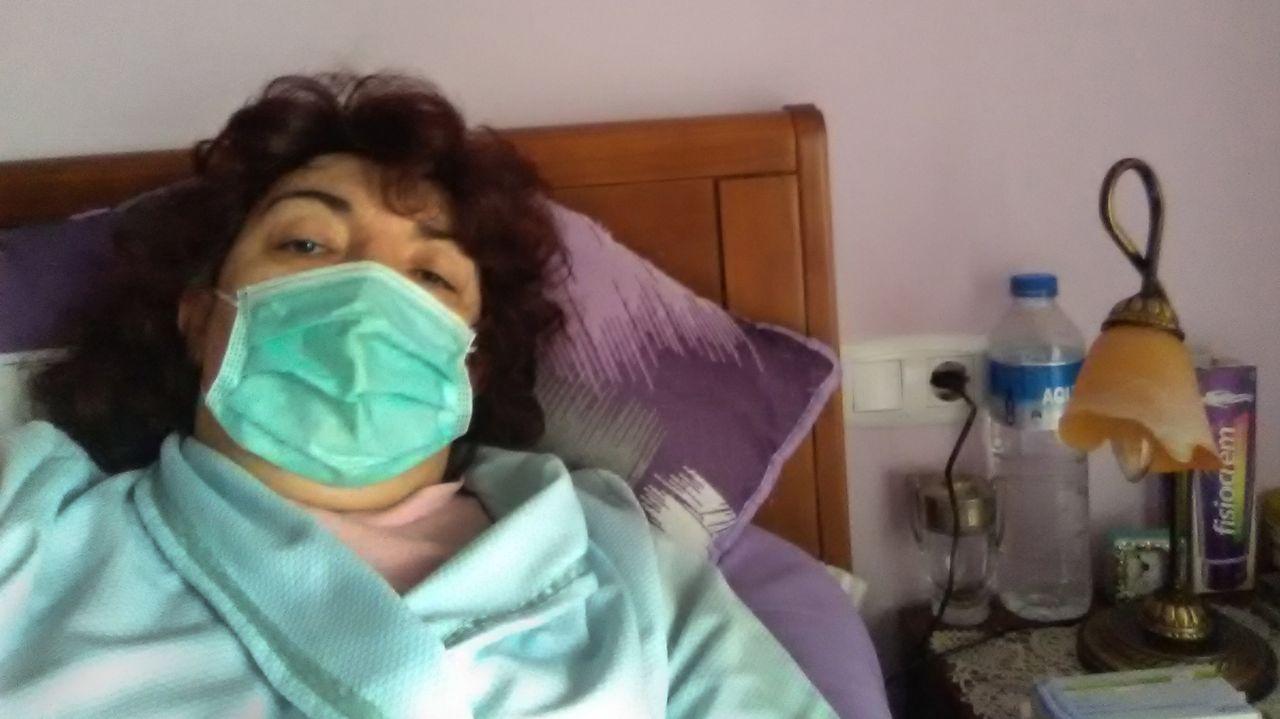 Vídeo realizado por el personal de urgencias pediátricas del Hospital Provincial de Pontevedra.Personal sanitario del Hospital Provincial de Pontevedra, en una ventana del edificio