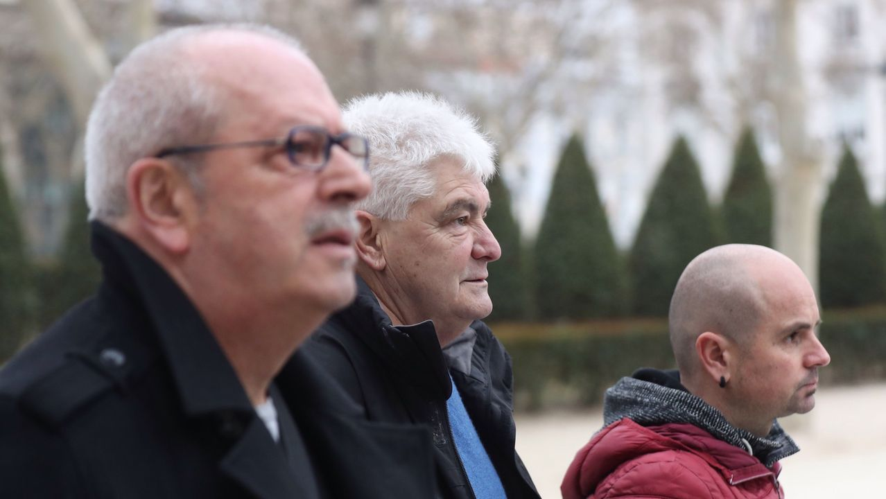 Kubati, en el centro, junto a Juan Olano y Haimar Altuna