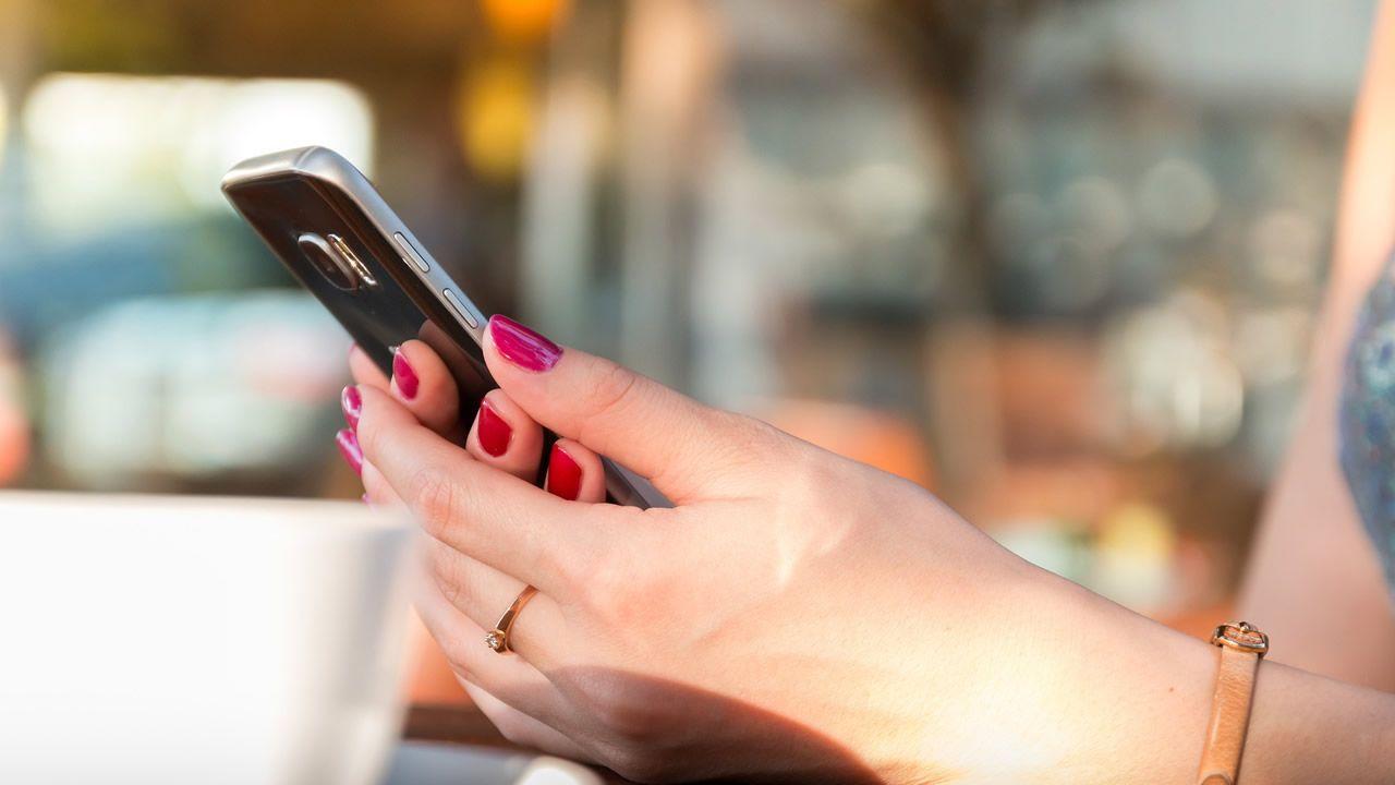 Así escondían los teléfonos móviles que robaban a cara descubierta