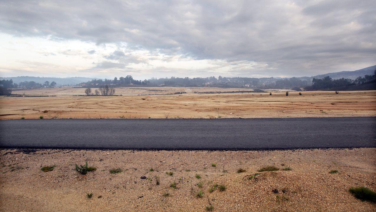 Las obras de la Plisan, todavía inacabadas, transformaron totalmente el paisaje de la zona, convirtiéndolo en uno más propio de otras regiones