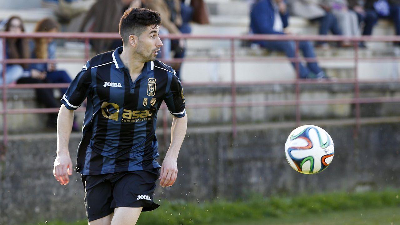 Leschuk Bueno Borja Sanchez Girona Real Oviedo Montilivi.Nacho López, en un partido con el Real Oviedo