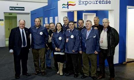 Los integrantes de la Gran Orden recorrieron los estands instalados en Expourense.