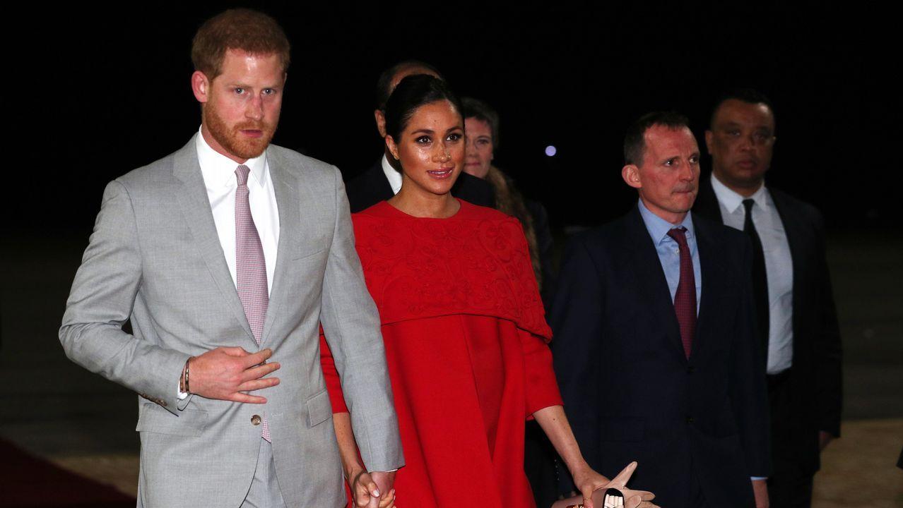 El viaje oficial de Meghan y Harry a Marruecos.El rey Juan Carlos, hace dos semanas, con el rostro amoratado todavía por la operación