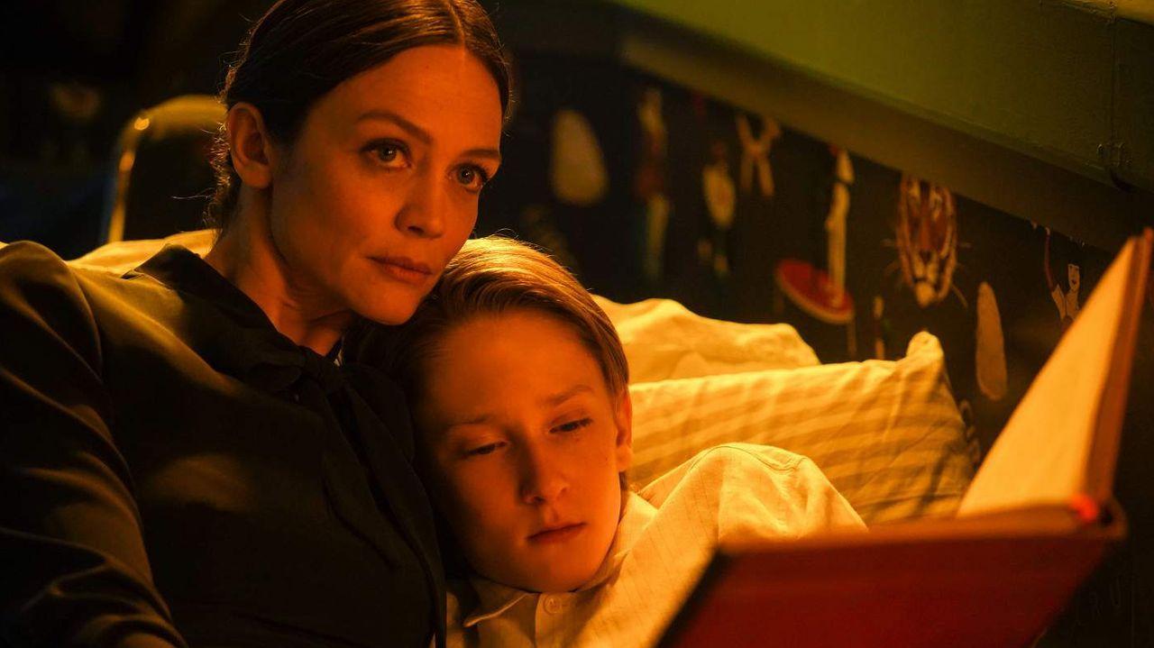 Fotograma del filme «La maldición de Lake Manor»