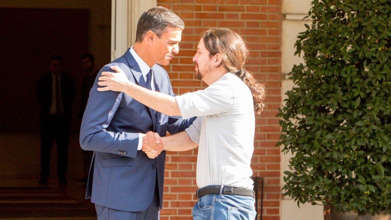 Pablo Iglesias, convencido de que formará gobierno con el PSOE.Mitin del PP en Ribeira con Núñez Feijoo y Pablo Casado apoyando al candidato popular a la alcaldía, Manuel Ruiz Rivas