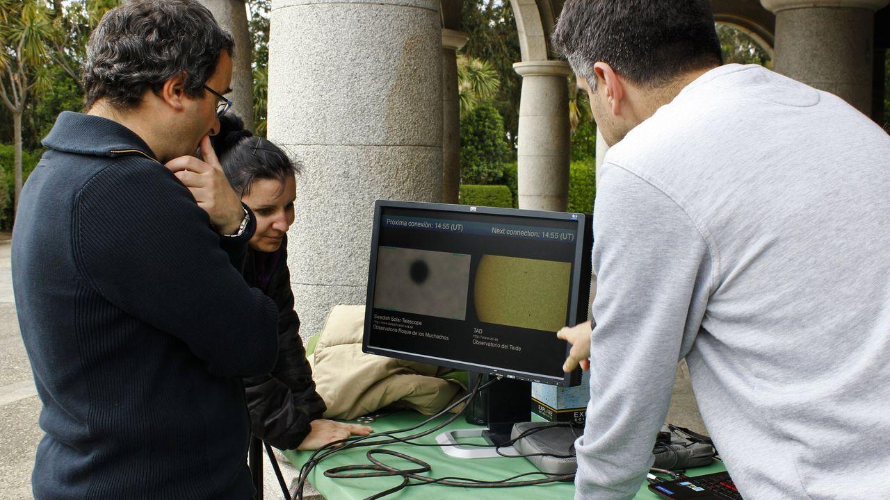 io.Alumnos del IES Monte das Moas trabajando en un proyecto de la Agencia Espacial Europea