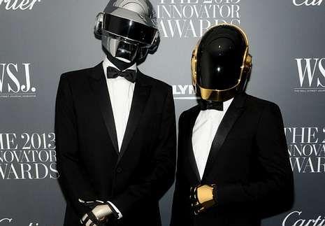 La nueva canción de Shakira.Daft Punk.