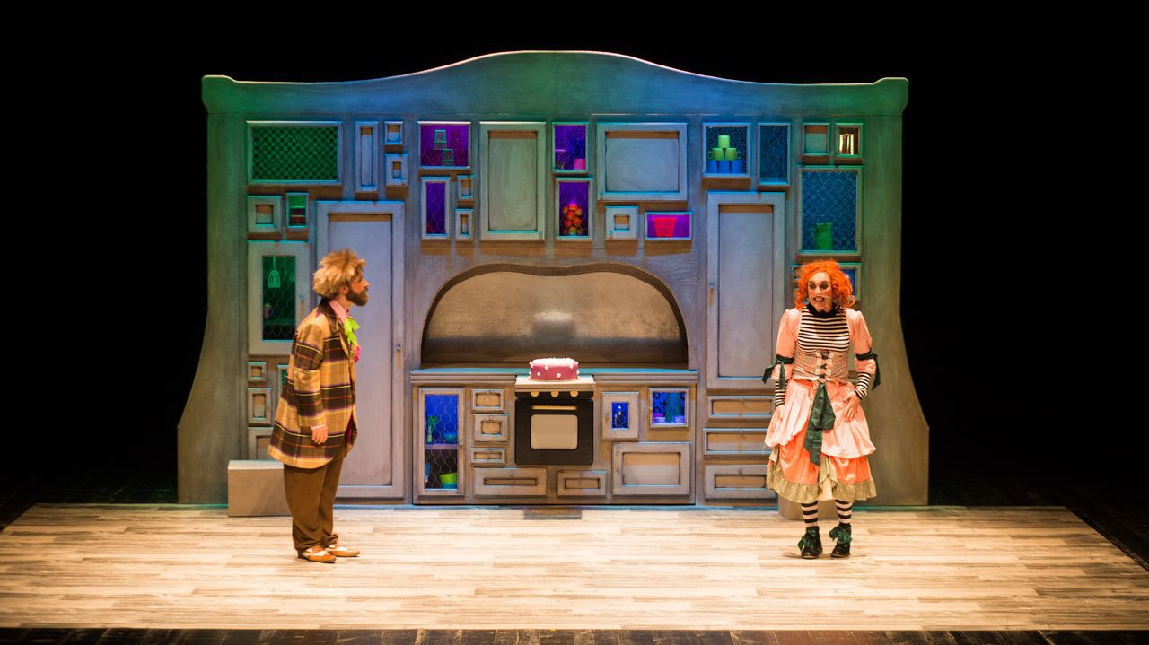 O espectáculo infantil «Lambetadas», de Talía Teatro, abrirá o novo ciclo teatral o día 10