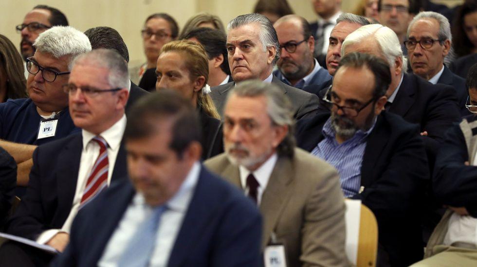 Llegada entre insultos de Bárcenas, Correa y «El Bigotes».Juicio por la trama Gürtel. Francisco Correa
