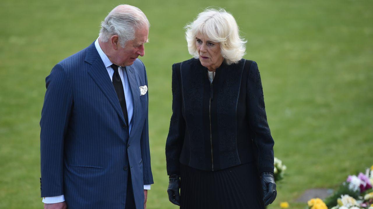 El príncipe Carlos de Inglaterra y Camilla Parker