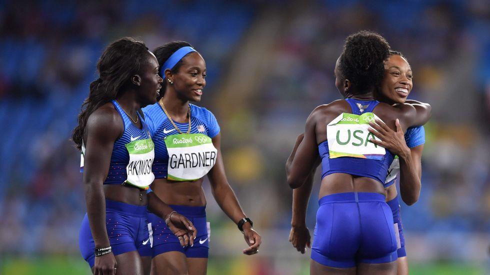 Losmedallistasespañoles de Río 2016.Isaquias, a la derecha, junto a Erlon de Souza en el podio.