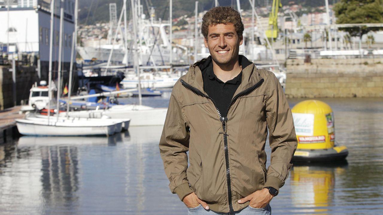 Feijóo plantea a Sánchez una bajada del IVA del turismo para 2020 y 2021.Alberto García, en la parrilla de Casa Jano, que abrirá en unos días
