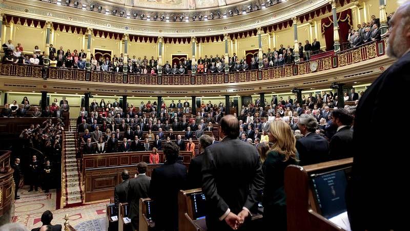 La votación de la ley de abdicación, en streaming.Obras de preparación en el Congreso para el acto de proclamación