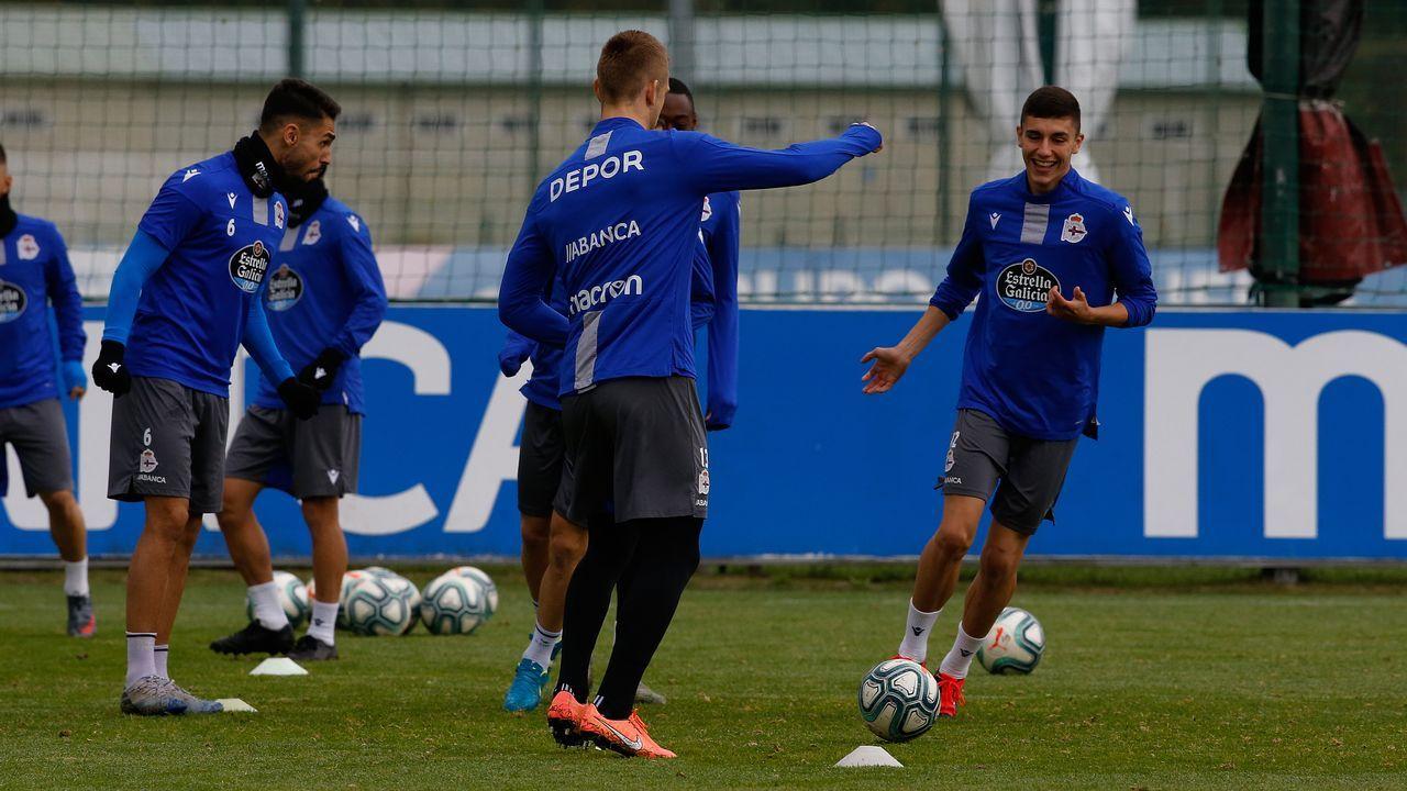 Así se entrena Álex Bergantiños durante la cuarentena.Javi Rozada durante el Real Oviedo-Sporting