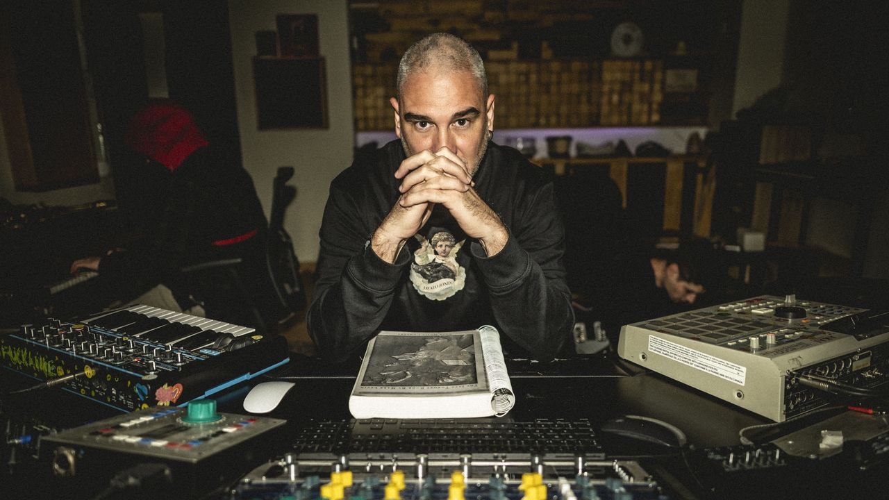 El rapero Kase. O lanzó en diciembre «Divertimentos»