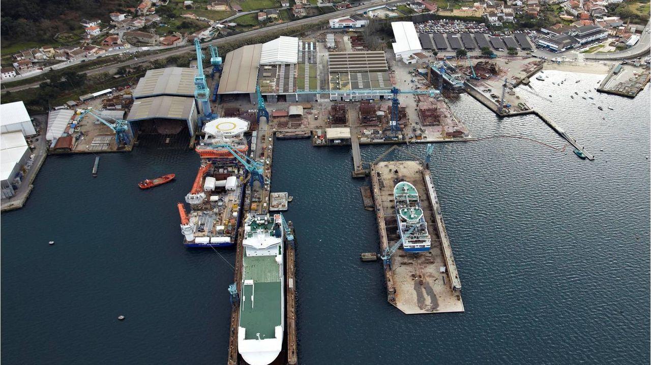 Vista de los astilleros de Vulcano