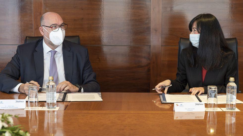 El presidente de Foment del Treball, Josep Sánchez Llibre, interviene durante la presentación del manifiesto empresarial  Basta, centrémonos en la recuperación