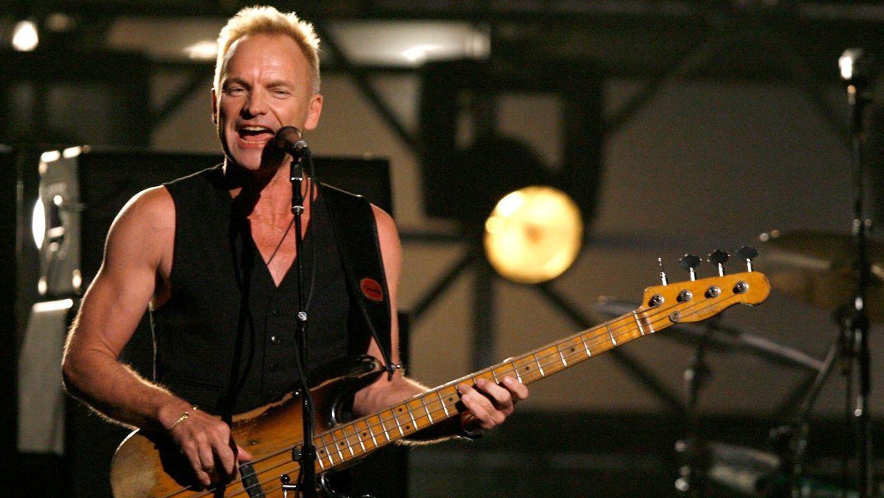 Concentración contra la caza del zorro en Vigo.El cantante y bajista británico Sting