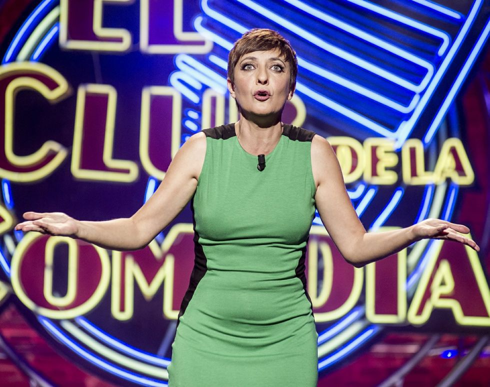 Eva Hache conduce en La Sexta «El club de la comedia».