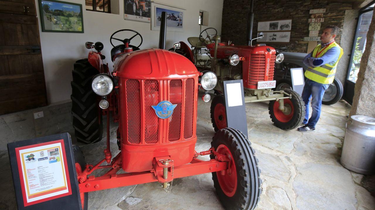 Así son las entrañas de la fábrica de energía de Valdriz.En el museo se muestra variada maquinaria que se fue usando en el campo gallego